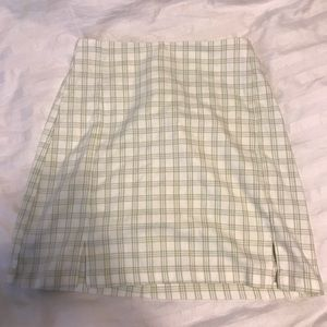 Brandy Melville green plaid skirt